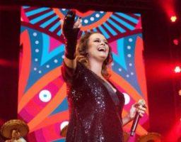 La cantante se muestra muy positiva pese al accidente
