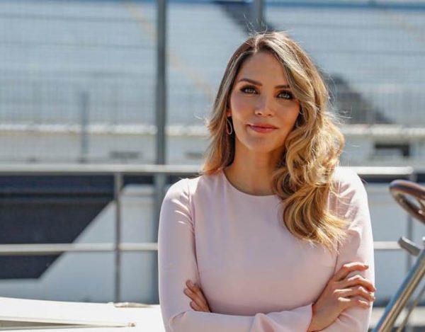 Rosanna Zanetti regresa al trabajo tras dar a luz a Matteo