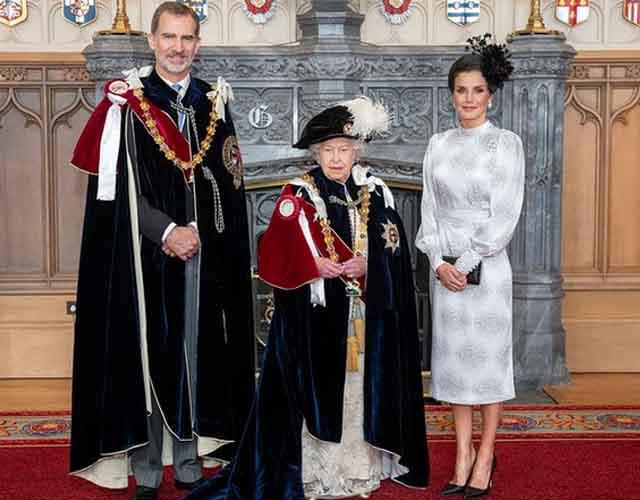 Letizia deslumbra ante la reina