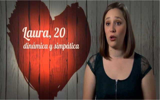 Laura le confiesa una fea costumbre a su cita