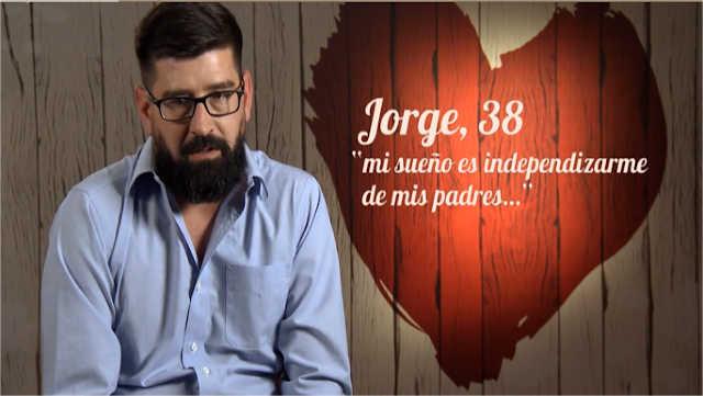 Jorge acude a First Dates porque quiere independizarse de sus padres y casarse