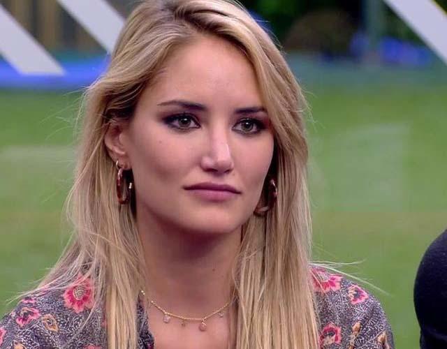 La modelo se atrevió a confesar como se dieron las cosas con el presentador