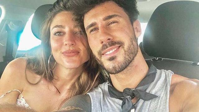 Carmen y Alex confirman que son novios en sus redes sociales