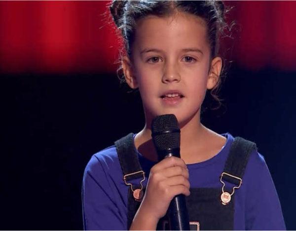 La espontaneidad de Alicia causa mucha ternura en La Voz Kids