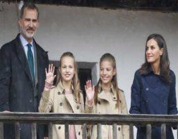 Los reyes acomodan su agenda para celebrar con su hija