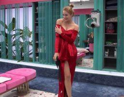 Alba Carrillo luce muy sexy con su vestido de la final