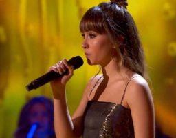 Aitana canta con Aysha en La Voz Kids
